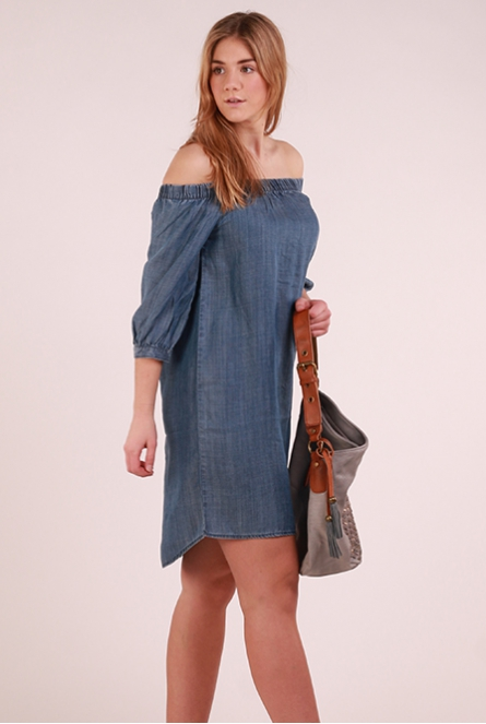 Off-shoulder denim Jurk Janice Blauw